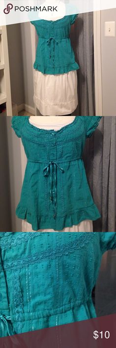 Listing! Candies Summer Top Beautiful green color with silver threads throughout.  Lace and embroidery detail this gorgeous Top! Candie's Tops
