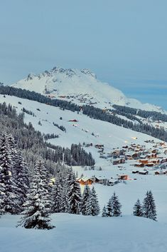 Our top 5 most romantic ski resorts for a holiday in the French, Swiss and Austrian Alps. We've also included our favourite romantic hotels for each ski resort. Wallpaper Cross, Places To Travel, Places To Visit, Ski Holidays, Winter Scenery, Travel Aesthetic, Dream Vacations, Ski Vacation, Travel Inspiration