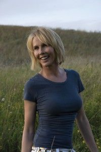 Trudie Styler - producer, director, human rights activist, environmentalist & organic farmer, founded the Rainforest Foundation Fund with her husband, Sting. http://www.organicspamagazine.com/2012/02/celebrating-hope-and-the-human-spirit/#