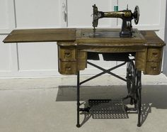 This White Family Rotary machine looks similar to mine. I believe mine is from The serial number is Treadle Sewing Machines, Antique Sewing Machines, Sewing Tools, Sewing Hacks, Sewing Ideas, Antique Items, Vintage Items, Vintage Stuff, Shabby Chic Crafts