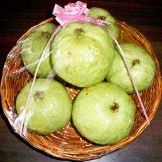 Order Online Fresh Apples to Vizag | Send basket of apples to Visakhapatnam