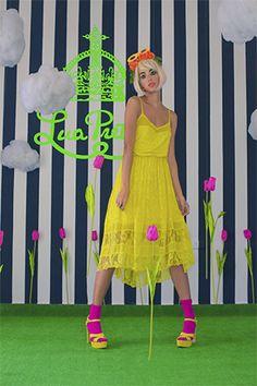 $800.00 Lua Dress  Vestido de tirantes en #encaje y transparencias estrech en color amarillo.
