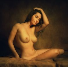 Zachar Rise - L. on 500px (Israeli - Fine art nudes with the light and look of Old Masters)