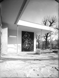 """Café-Restaurant """"Volksgarten"""" in Vienna, Austria, by Oswald Haerdtl Vienna Austria, Mid Century Modern Design, Cafe Restaurant, Steel Frame, Palm Springs, Vintage Designs, Mid-century Modern, Concept Art, Furniture Design"""