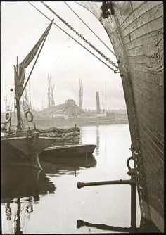 Pictorial History of the West India Docks. Part The Age of Sail Isle Of Dogs, River Thames, Old London, Slums, Great Pictures, Old World, Sailing, Millwall, India