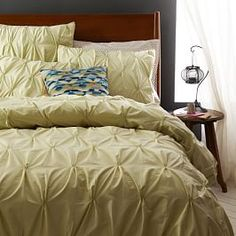 Organic Cotton Pintuck Duvet Cover + Shams - Bamboo