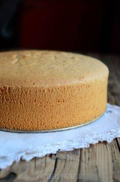 Biszkopt jasny na occie Polish Desserts, Baking Basics, Cornbread, Vanilla Cake, Sweet Recipes, Cheesecake, Cooking Recipes, Cookies, Ethnic Recipes