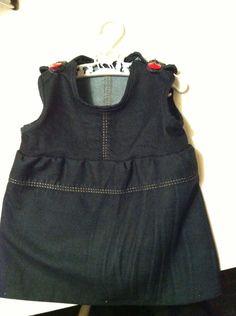 Mina gamla jeans blev en tunika till lillan