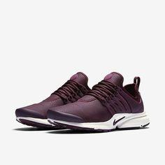 huge discount 5b81e be3ae Best Fitness Watch for Women who Want to Crush their Goals! Prestos Nike  WomenAdidas Shoes WomenNike Tennis ...