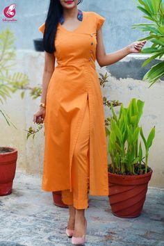 Silk Kurti Designs, Simple Kurta Designs, Salwar Neck Designs, Kurta Neck Design, Kurta Designs Women, Kurti Designs Party Wear, Fancy Dress Design, Stylish Dress Designs, Stylish Dresses