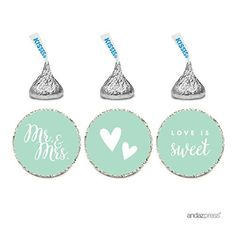 Refreshing, tender, exquisite and very relaxing – that's mint decor for your wedding! That's one of the hottest colors for a wedding theme and I know why – it's so sweet and magnetic! How can you include mint into you...