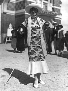 1920s city street style fashion photo by Seeberger Brothers