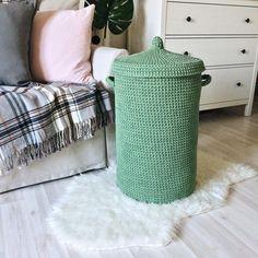 1,288 отметок «Нравится», 35 комментариев — Таня   ковры пуфы корзины (@kronastore) в Instagram: «Вы уже немного познакомились с этой корзиной в прошлом посте, а сегодня в сториз. И сейчас настало…»