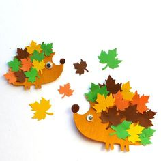 How to Make the Cutest Fall Hedgehog Craft Felt Crafts, Easy Crafts, Diy And Crafts, Arts And Crafts, Paper Crafts, Autumn Activities For Kids, Fall Crafts For Kids, Diy For Kids, Autumn Decorating