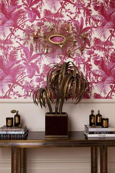 Perfect wallpaper/decor for an next IH Get Together. Memories of something similar. Wallpaper Decor, Print Wallpaper, Fabric Wallpaper, Wallpaper For House, House Of Hackney Wallpaper, Mood Wallpaper, Potted Palms, Monkey Wallpaper, Potted Geraniums