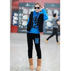 Love Uggs? Then you probably need an outfit like this. Click!