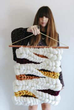 24 Crochet Home Decor Accessories For Your Home Crochet Knitted White Y… – family – weberei Diy Crochet Projects, Crochet Home Decor, Diy Wall Decor, Diy Bedroom Decor, Diy Crafts To Sell, Home Crafts, Home Decor Accessories, Decorative Accessories, Trendy Mood