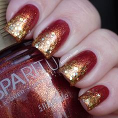 Golden-red with gold glitter gradient tips