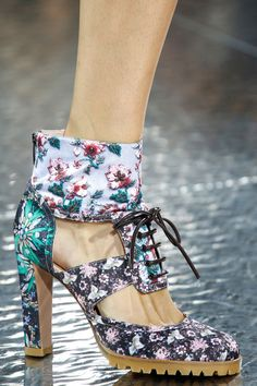 Shoes- Mary Katrantzou Spring 2014 Ready-to-Wear Collection Slideshow on Style.com
