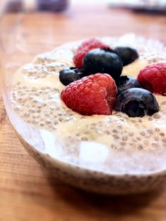 Note: You will have to scroll down about midway to find this but there are many other fabulous things to look at while you're scrolling: CHIA SEED PUDDING. raw foodie fave. almond milk. banana. chai spices. fresh berries.