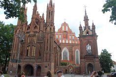 Fotografía: Cristina y Justo- Vilnius Tour, Barcelona Cathedral, Building, Travel, Lithuania, Circuits, Vacations, Copenhagen, Voyage