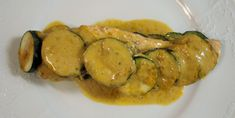 Ourserie.com - Papillotes saumon, courgettes et curry