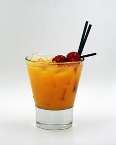 Tista's Tequila Sunrise is the perfect cocktail for a Saturday night. http://viscontisristorante.com/gallery.php