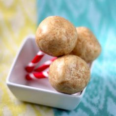 Healthy peanut butter protein balls that provide prolonged energy as well as satisfied taste buds! Easy, no-bake, and only 3 ingredients