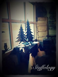 Christmas decorating at Stuffology !!!