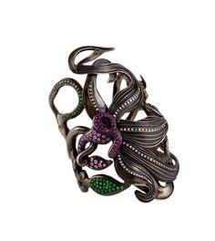Giuliana Mancinelli Bonafaccia - Silver bracelet dipped in black ruthenium with multicolor sapphires, diamonds and tsavorites.