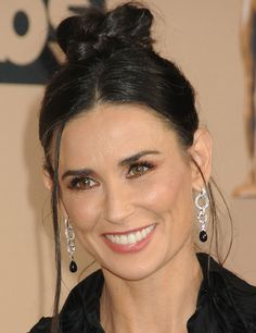 Demi Moore presented an award at the 2016 Screen Actors Guild Awards in Los Angeles on January 30, 2016