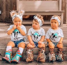 Baby girl cowgirl style - Source by nicolawchter - My Baby Girl, Baby Love, Baby Girls, Little Babies, Cute Babies, Babies Stuff, Western Babies, Country Babies, Cute Baby Pictures