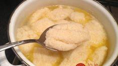 Toto je tajomstvo úžasne nadýchaných krupicových halušiek: Geniálny recept na 15-minútovú polievku, ktorý by mal byť poruke v každej rodine!