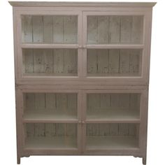 Vitrineskab i creme fra Chic Antique Sorting, China Cabinet, Best Sellers, Bookcase, Shelves, Chic, Storage, Antiques, Furniture