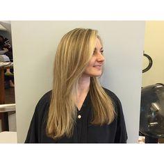 Hair by Michelle #georgesalondc #dchair #hairdc #dcsalon #georgetownsalon #georgetowngorgeous #dcstyle #dcstylist #hairsalon #beautifulhair #haircolor #haircolorist #haircolors #haircoloring #highlights #highlightsandlowlights #blonde #blondehair #blondehairdontcare #blondeshavemorefun #blondbombshell