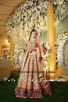 Sabyasachi Mukherjee Latest Wedding Dresses 2016-2017 Collection