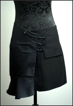 SKIRT by jeviev on Etsy, £55.00  Very different. I like it.