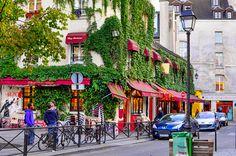 Parijs to do's part 1 Inhoud Onze to do's in Parijs. In 2 delen want we hebben zoveel met je te delen… Hotel La Maison Champs Elysées. Dit sfeervolle boetiekhotel ligt in de 'gouden triangel' van hartje Parijs. Lees: op loopafstand van alle iconische hotspots die de stad rijk is: de Eiffeltoren, het Louvre, de …