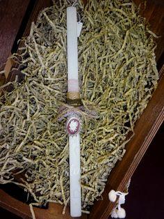 Πασχαλινή Λαμπάδα με vintage κολιέ!