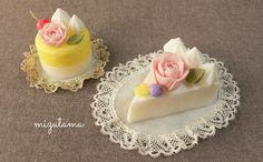 バラのミニ・ケーキ - ソープカービング 水玉