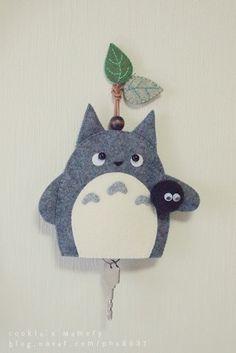 Totoro felt keychain