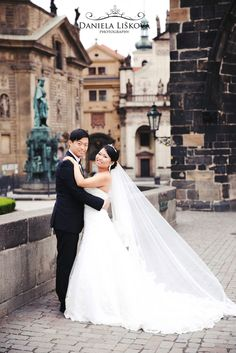 Pre wedding photos with amazing couple from Asia at Charles Bridge.