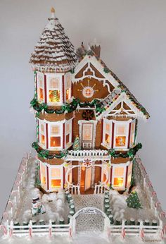 Amazing Gingerbread House Victorian style made by GerhardPetzl.com