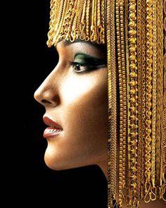 Gold chain hair