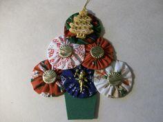 YoYo Christmas Tree $8