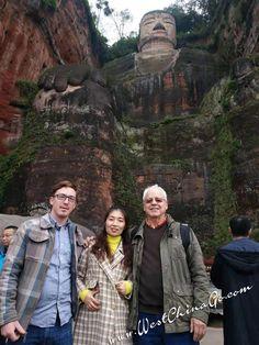 ChengDu WestChinaGo Travel Service www.WestChinaGo.com Tel:+86-135-4089-3980 info@WestChinaGo.com Chengdu, Giant Buddha, Mount Rushmore, Military Jacket, Tours, Travel, Field Jacket, Viajes, Military Jackets
