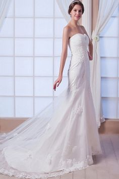 Tulle Elegant Sweetheart Bridal Gowns wr0116 - http://www.weddingrobe.co.uk/tulle-elegant-sweetheart-bridal-gowns-wr0116.html - NECKLINE: Sweetheart. FABRIC: Tulle. SLEEVE: Sleeveless. COLOR: Ivory. SILHOUETTE: Trumpet/Mermaid. - 154.59