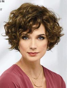 66 Chic Short Bob Hairstyles & Haircuts for Women in 2019 - Hairstyles Trends Short Curly Haircuts, Curly Hair Cuts, Curly Bob Hairstyles, Wavy Hair, Short Hair Cuts, Easy Hairstyles, Curly Hair Styles, Natural Hair Styles, Hairstyles 2016
