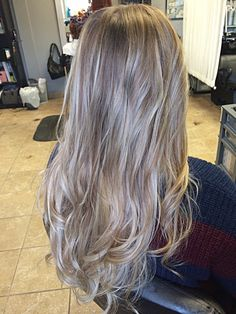 Beach waves and ash blonde. Andy Chouin