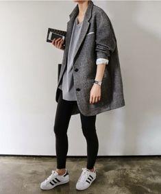 Was trägt man zu Adidas Turnschuhen und Sneakers für Frauen (Chic Street Style) (23)